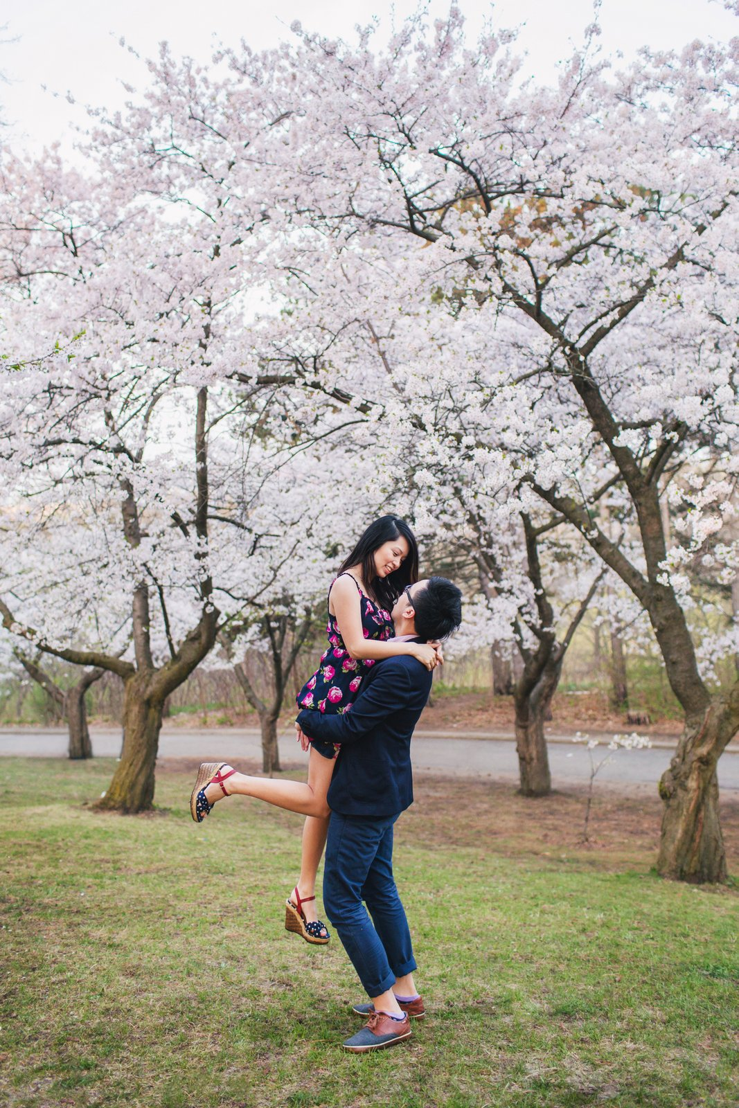 Jessica-Charles-Engagement-High-Park-Cherry-Blossom-011
