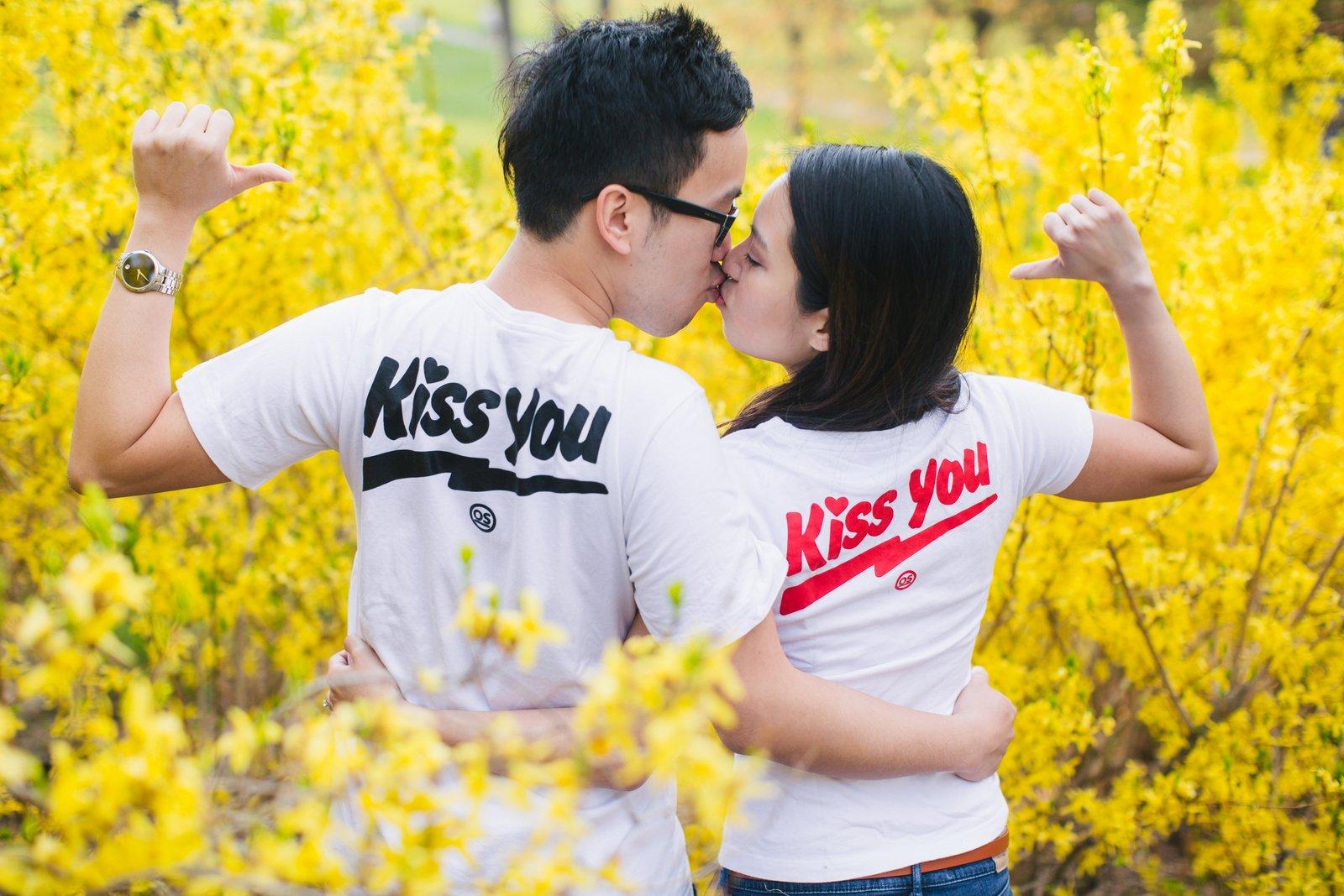 Jessica-Charles-Engagement-High-Park-Cherry-Blossom-023