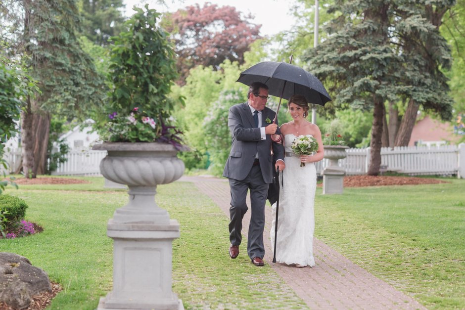 Kleinburg-Doctors-house-wedding-J-C-2016-019