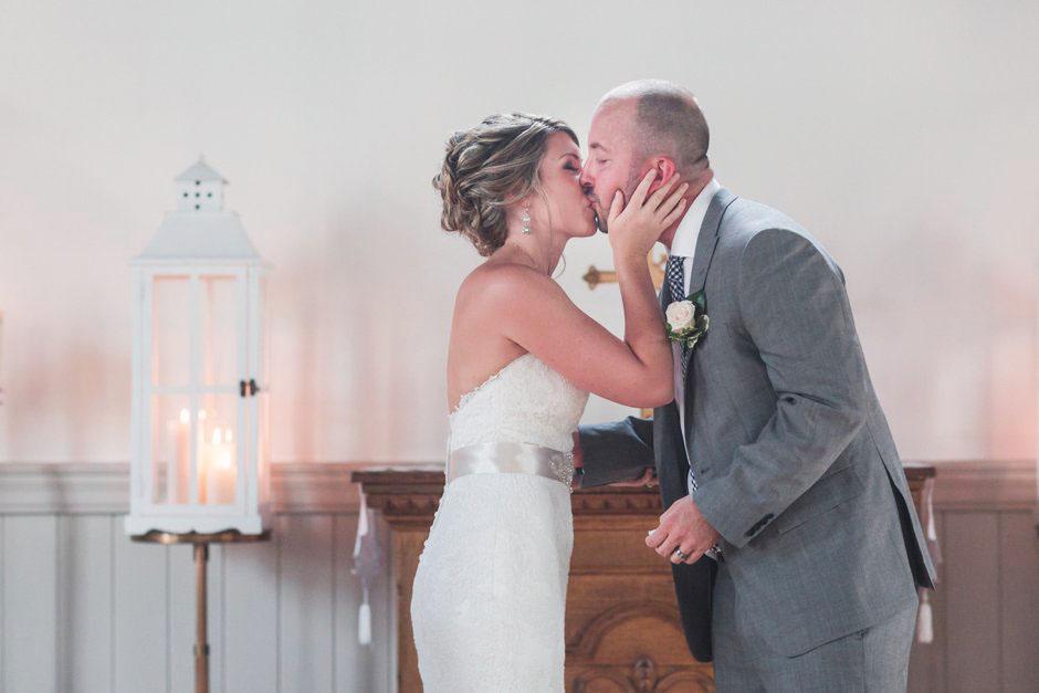 Kleinburg-Doctors-house-wedding-J-C-2016-030