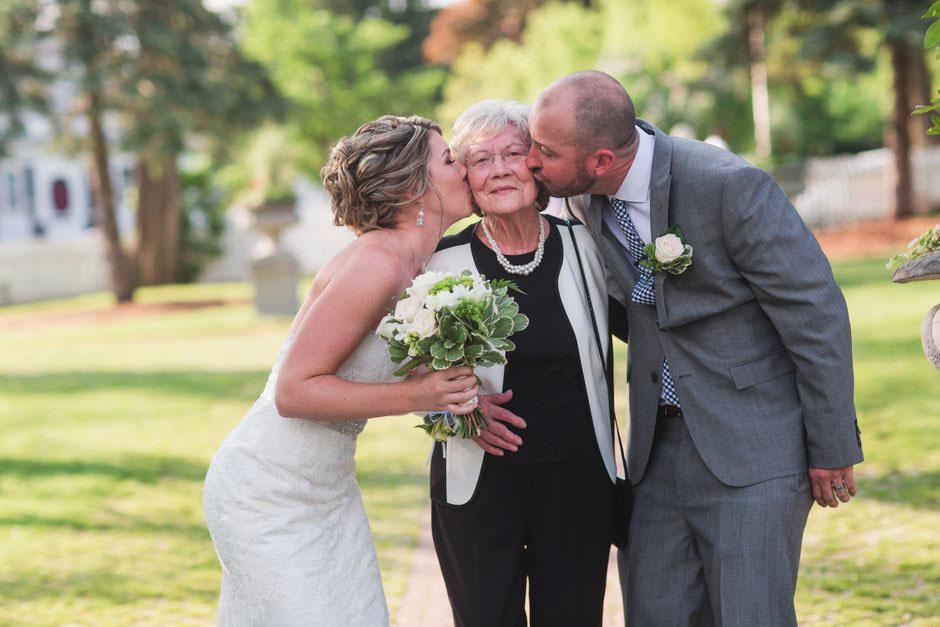Kleinburg-Doctors-house-wedding-J-C-2016-034