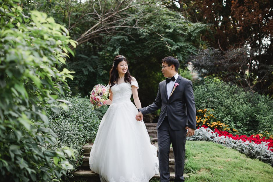wedding pictures at alexander muir garden and cummer church31