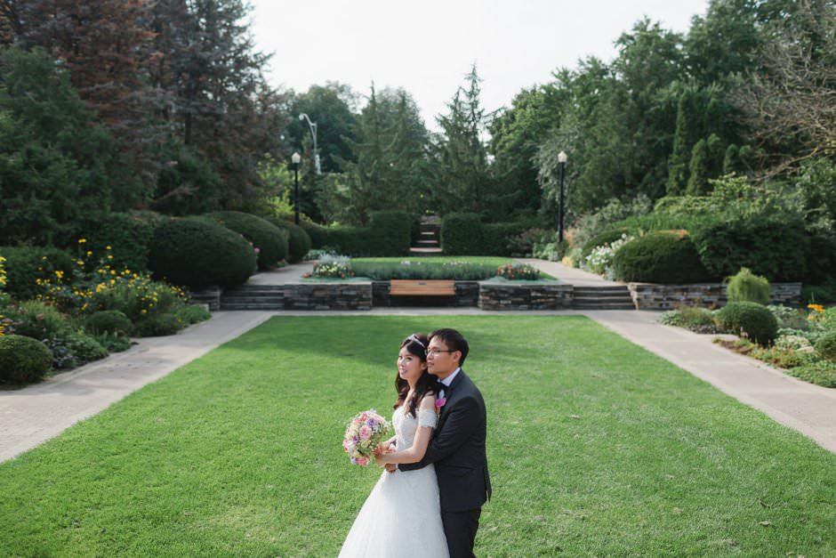 wedding pictures at alexander muir garden and cummer church34