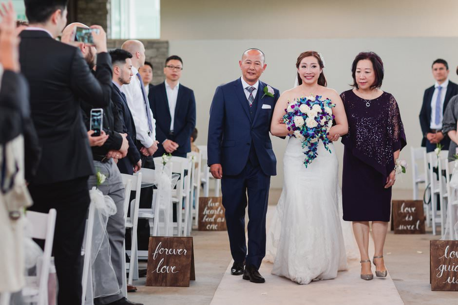 wedding pictures at guild inn24