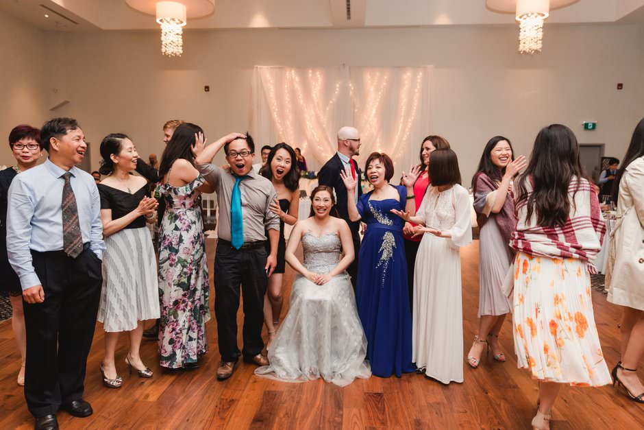 wedding pictures at guild inn50